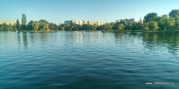 Lacul Titan